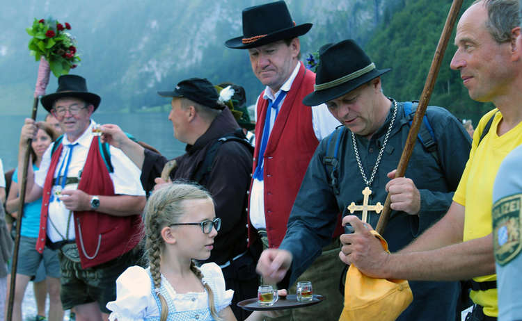 Almer Wallfahrt Vorgeher Und Pfarrer