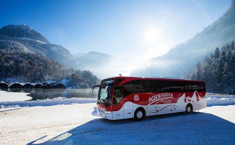 Schwaiger Bus im Winter am Königssee